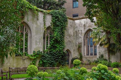 Saint Dunstan in the East Church Garden, London